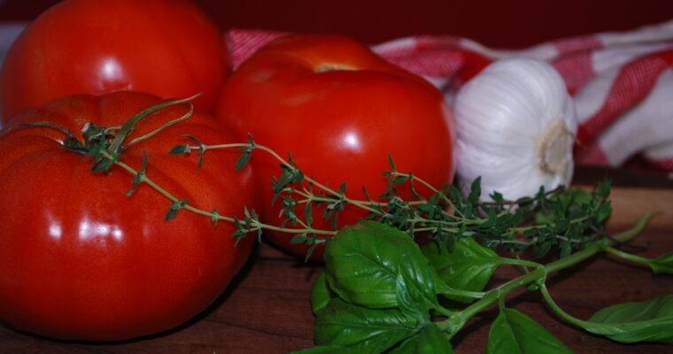 Tomato Pesto Chicken Bake