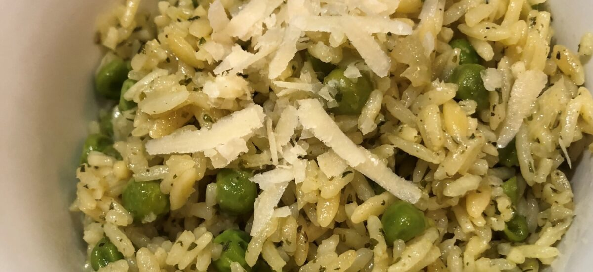Instant Pot Garlic Herb Rice Pilaf