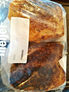 Ziplock Bag with cooked and frozen slices of french toast.