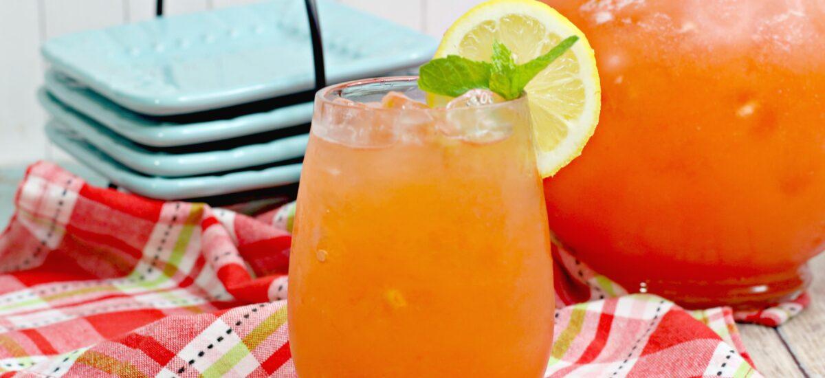 Strawberry Pineapple Lemonade; summer fresh