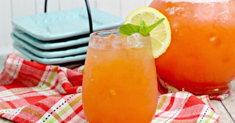 Strawberry Pineapple Lemonade; summer fresh