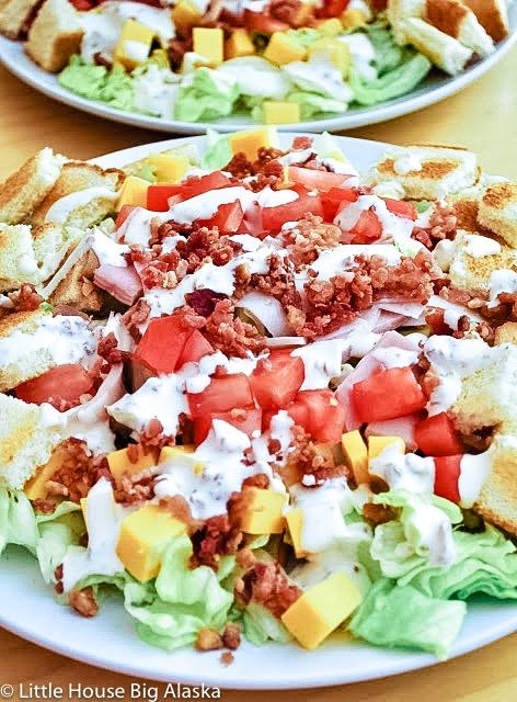 Club Sandwich Salad with Bacon Salad Dressing