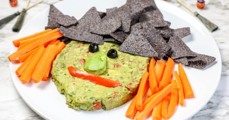 Halloween Food:  Witchy Guacamole